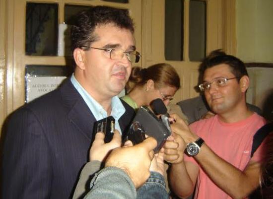 Negulescu, extaziat ascultându-l pe șeful său